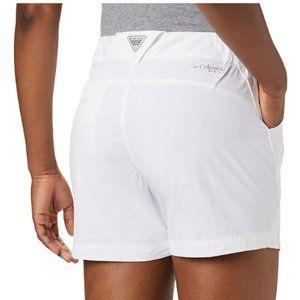 Columbia PFG white shorts Small 28x5
